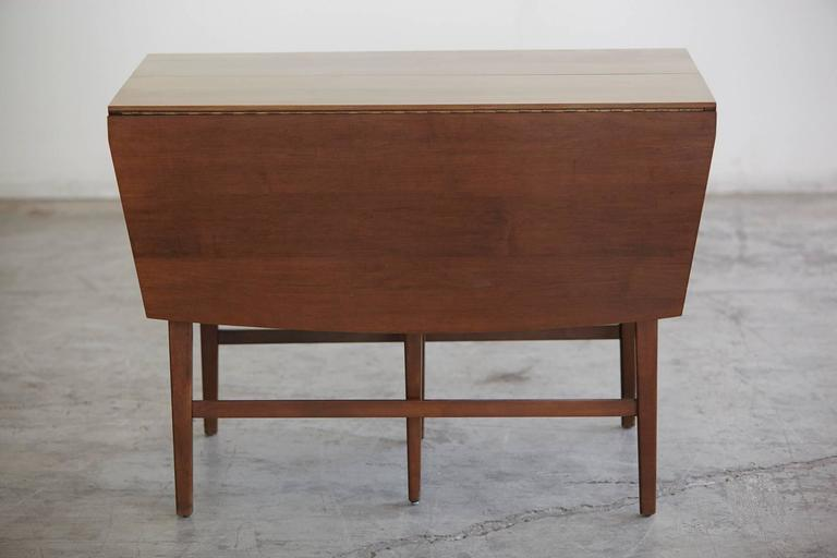 Mid-Century Modern Extendable Drop-Leaf Maple Dining Table by Paul McCobb for Planner Group For Sale