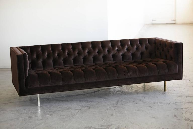 Modern Deeply Button Tufted Velvet Tuxedo Sofa in Chocolate Brown by Las Venus In Good Condition For Sale In Westport, CT