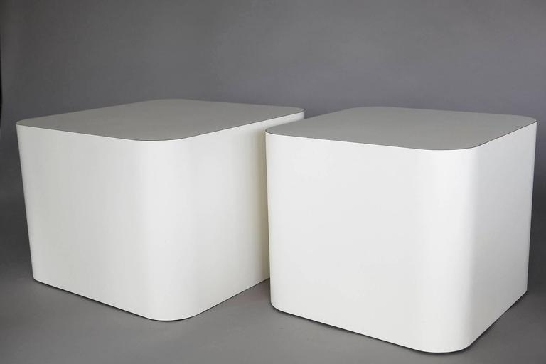 Custom Made White Laminate Cubic End Table or Pedestal, Large For Sale 2