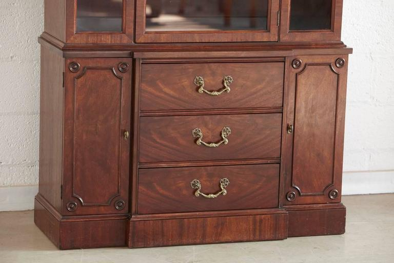 Walnut Hutch or China Cabinet In Good Condition For Sale In Westport, CT