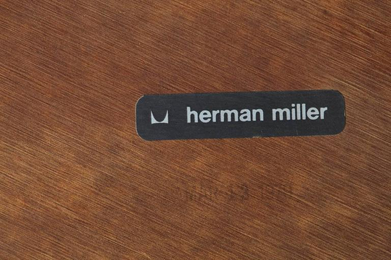 Eames Aluminum Group Round Side Table on Casters for Herman Miller 8