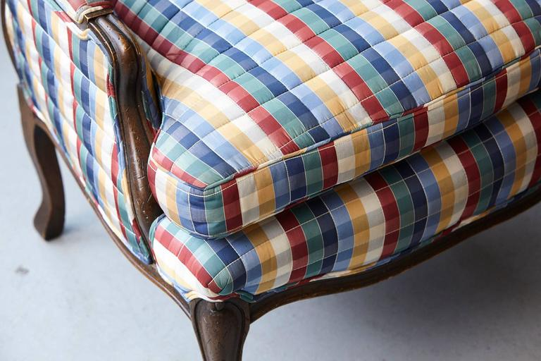 Pair of French Louis XV Style Bergères Upholstered in Madras Check Chintz Fabric For Sale 4