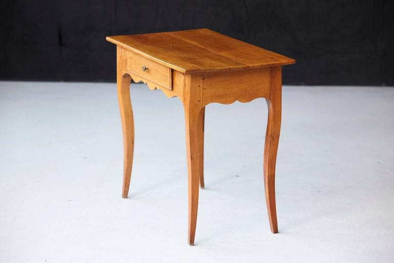 19th Century French Provincial Fruitwood Occasional Table For Sale 1