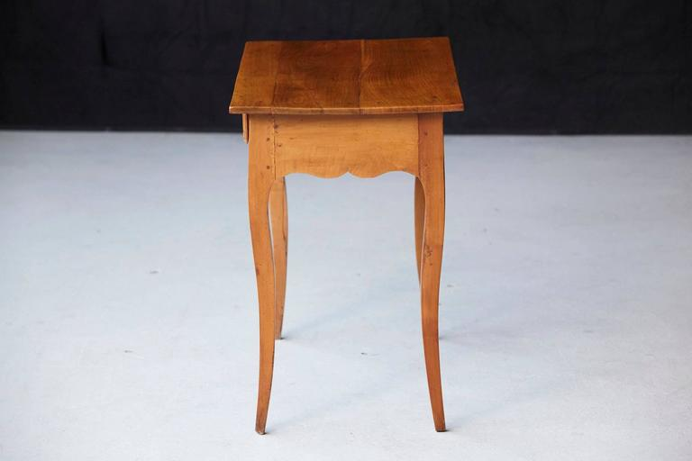 19th Century French Provincial Fruitwood Occasional Table For Sale 2