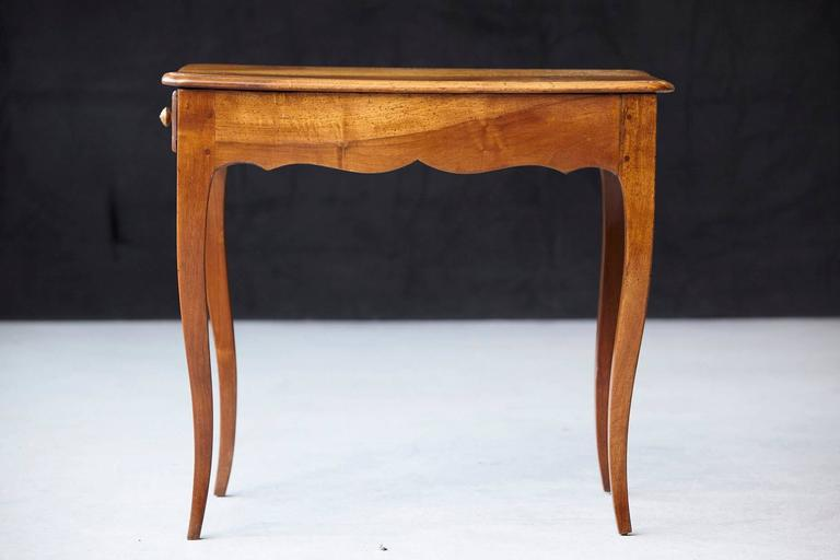 Petite Late 19th Century French Provincial Walnut Occasional Table For Sale 3