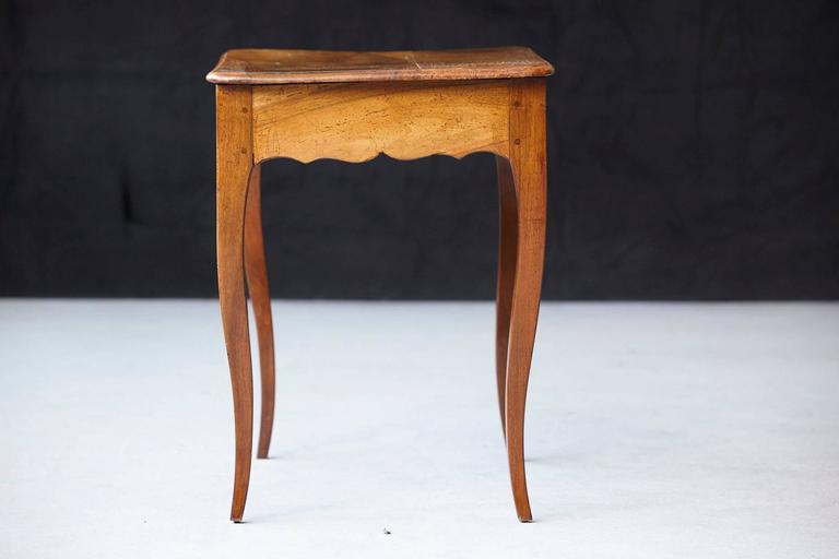 Petite Late 19th Century French Provincial Walnut Occasional Table For Sale 5