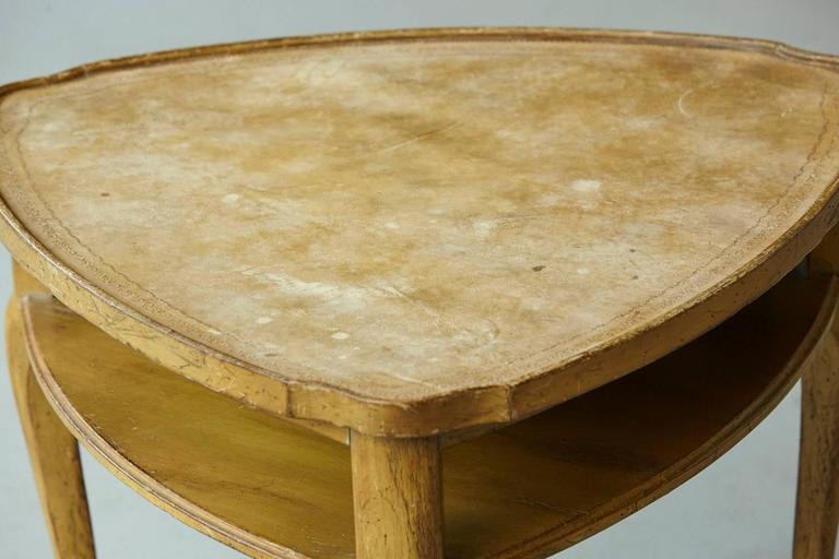 Mid-20th Century French Provincial Triangle End Table with Embossed Leather Top For Sale