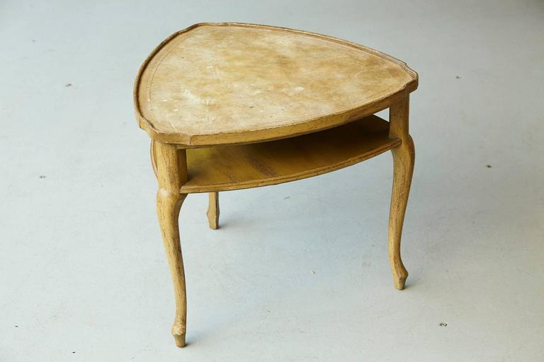 French Provincial Triangle End Table with Embossed Leather Top For Sale 3