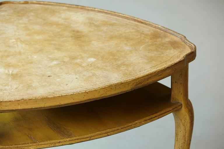 French Provincial Triangle End Table with Embossed Leather Top For Sale 4