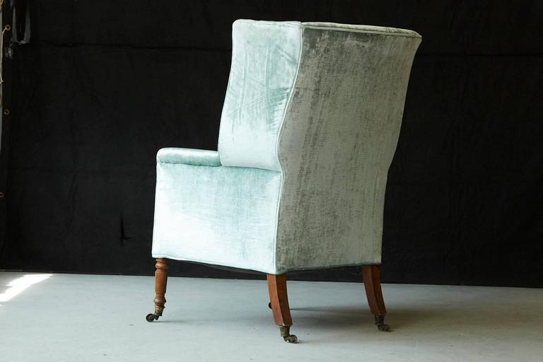 19th Century Hepplewhite Mahogany Wingback Chair in Silver Striae Velvet For Sale 1
