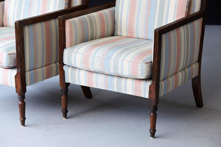Early 20th Century Pair of Italian Neoclassical Style Bergères in Pastel Striped Moiré Taffeta For Sale