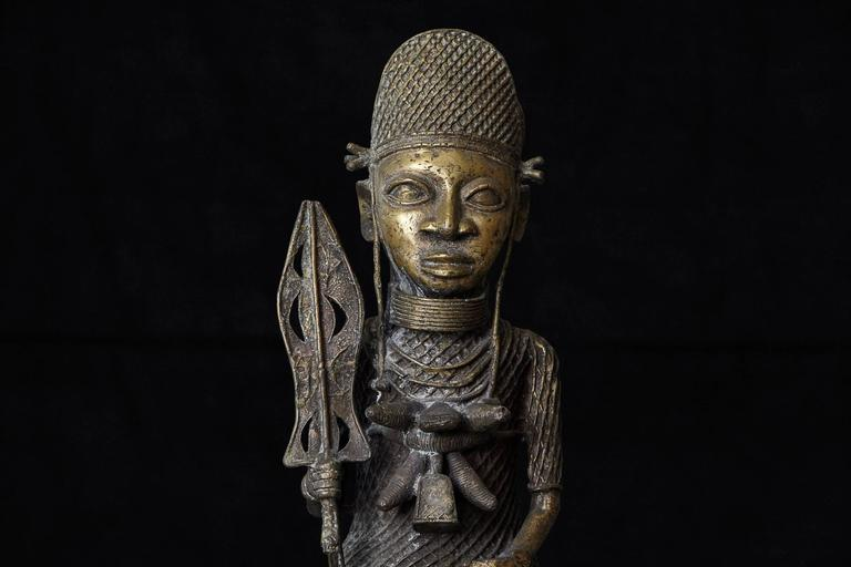 19th Century Benin Bronze Sculpture of a Warrior In Excellent Condition For Sale In Westport, CT