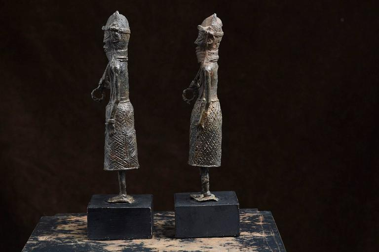 Pair of Benin Iron Warrior Statues In Good Condition For Sale In Weston, CT