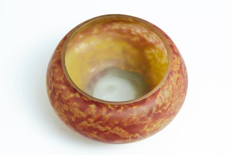 Art Glass French Art Nouveau Pâte de Verre Bowl with Etched Signature Daum Nancy For Sale