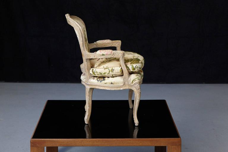 Mid-20th Century French Louis XV Style Painted Child's Fauteuil in Flower Chintz Fabric from ABC For Sale
