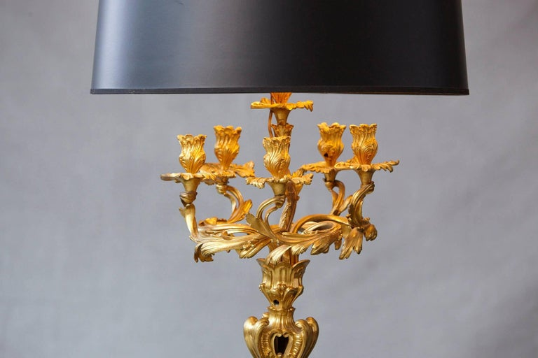 Louis XV Style Doré Bronze Candelabrum Table Lamp In Excellent Condition For Sale In Westport, CT