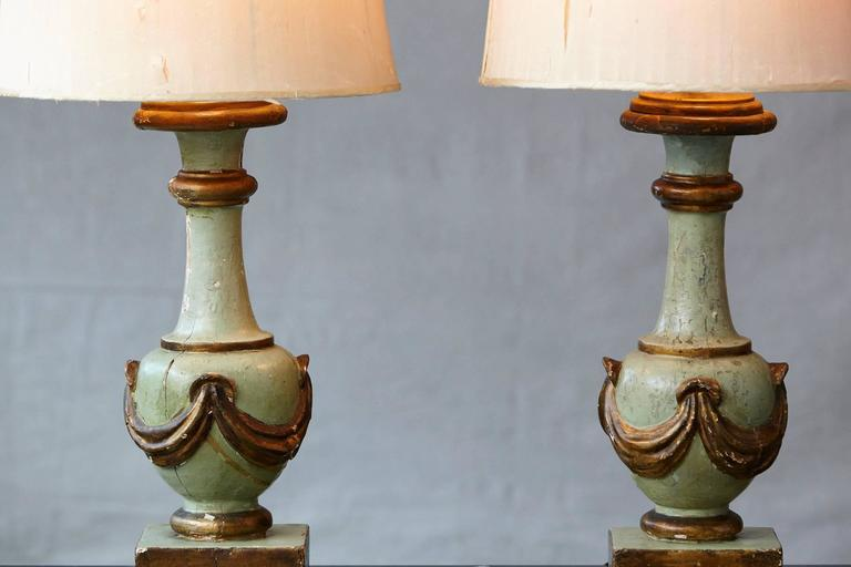 Silk Pair of Antique Italian Hand-Painted Wood Vasiform Table Lamps For Sale