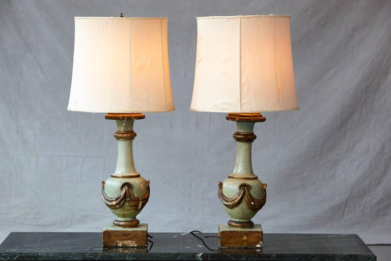 Pair of Antique Italian Hand-Painted Wood Vasiform Table Lamps In Fair Condition For Sale In Westport, CT