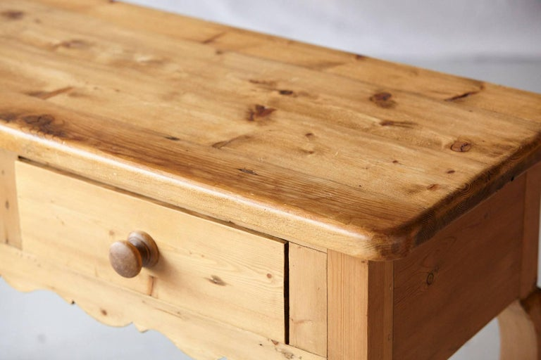English Country Style Pine Console 1