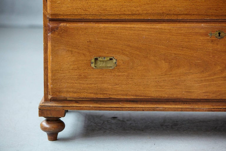 Late 19th Century English Campaign Chest of Drawers For Sale 4