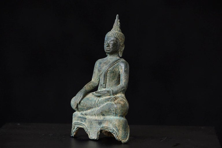 Possibly 15th-16th Century Bronze Thai Buddha Statue For Sale 1