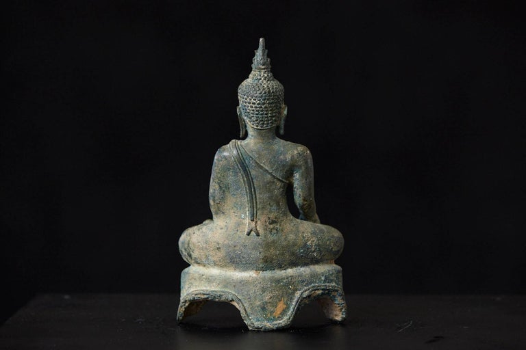 Possibly 15th-16th Century Bronze Thai Buddha Statue For Sale 3