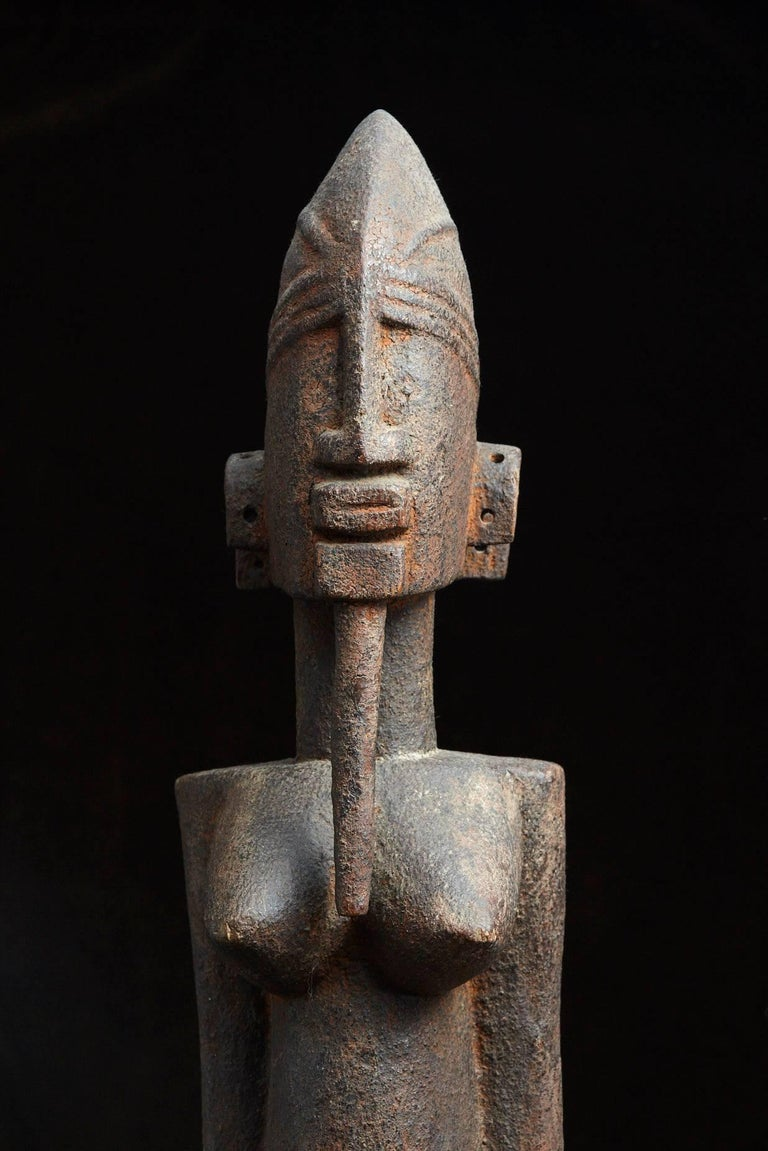 Decorative african hand carved wooden statue of a woman