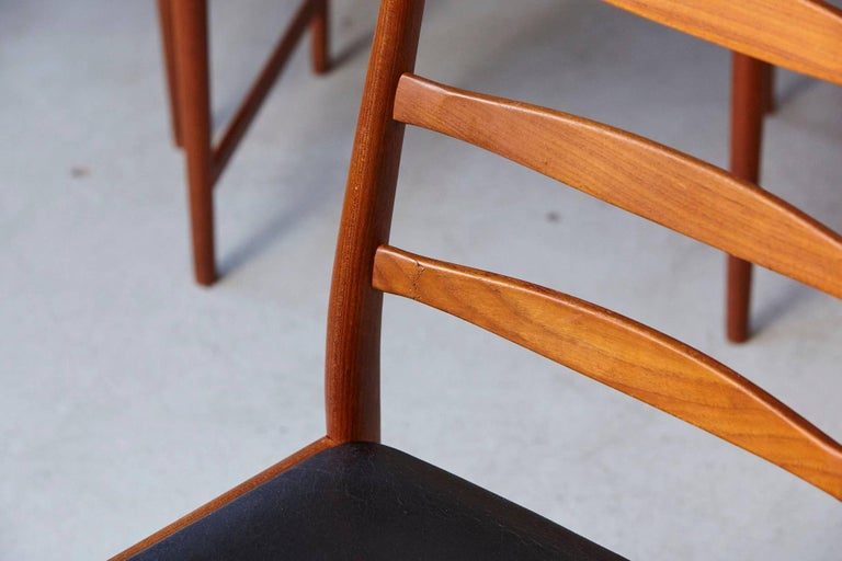 Leather Set of Six High Back Dining Chairs by Arne Vodder for Vamo Sonderborg For Sale