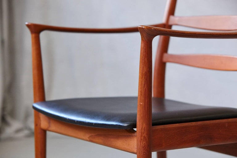 Set of Six High Back Dining Chairs by Arne Vodder for Vamo Sonderborg For Sale 1
