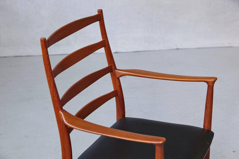 Set of Six High Back Dining Chairs by Arne Vodder for Vamo Sonderborg For Sale 2