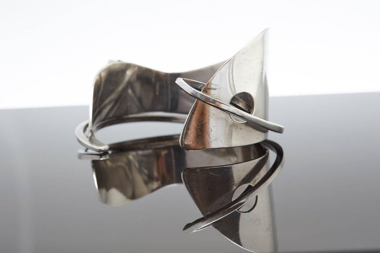 American Modernist Sterling Silver Cuff Designed by Ed Wiener, 1950s For Sale