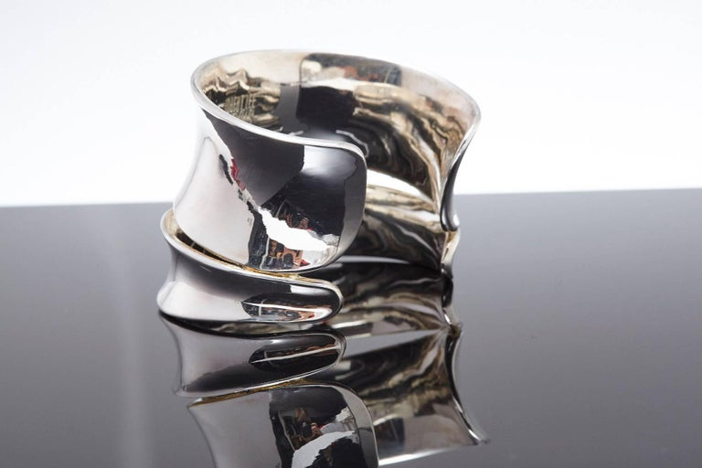 Modern Robert Lee Morris Sculptural Silver Cuff For Sale