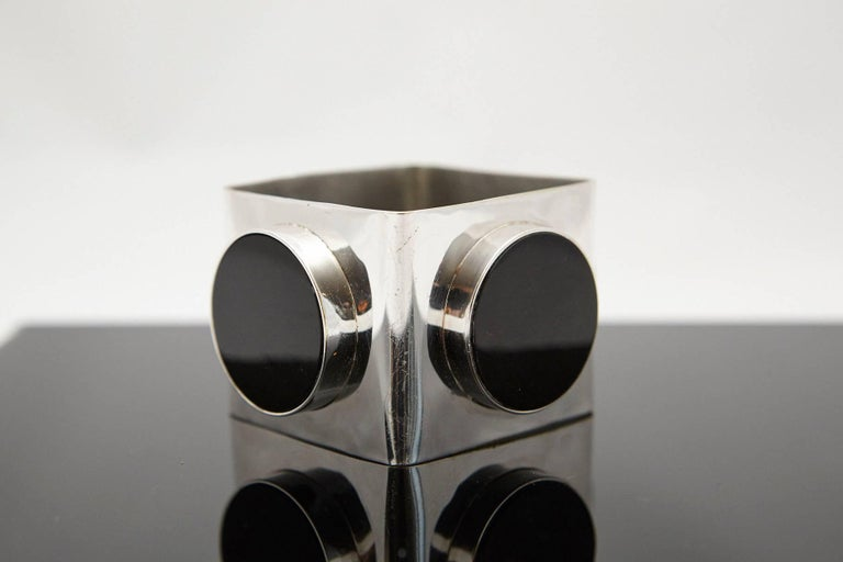 Mid-Century Modern Large Square Silver Bangle with Three Circular Onyx Stones, circa 1970s For Sale