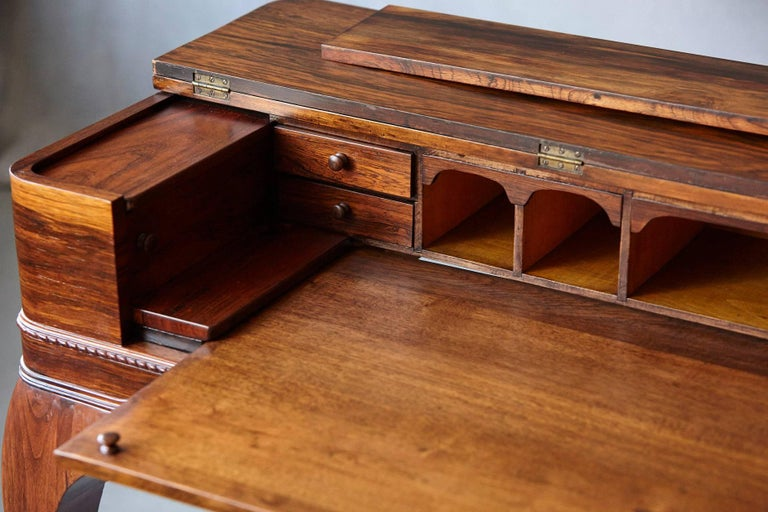 Early 20th Century Queen Anne Style Rosewood Spinet Desk For Sale 3