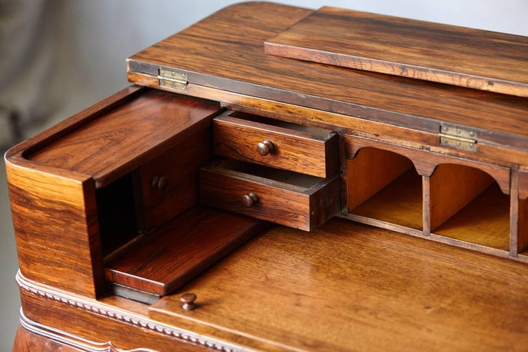 Early 20th Century Queen Anne Style Rosewood Spinet Desk For Sale 4