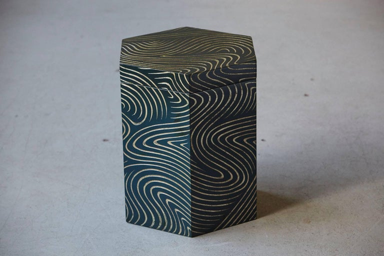 Mid-Century Modern Hexagonal Dark Blue Box with Carved Gilded Graphic Pattern For Sale