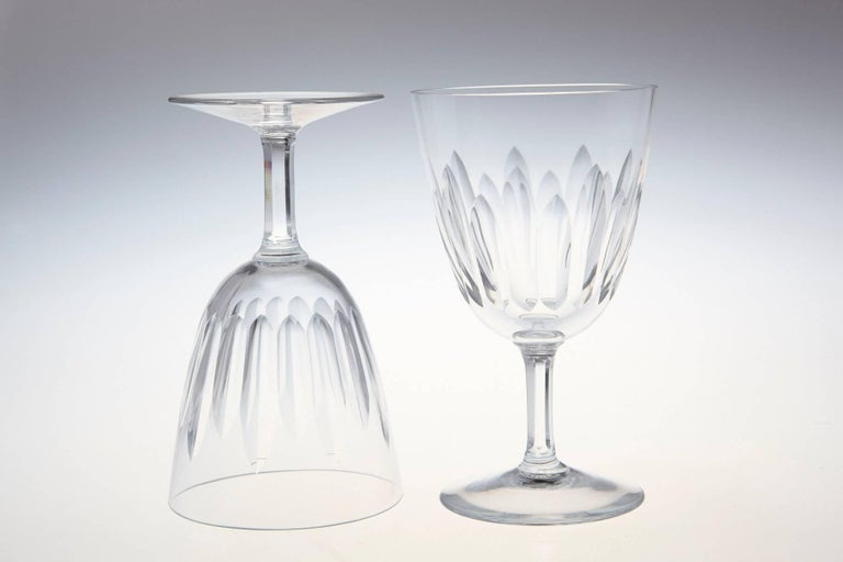 Set of Eight Baccarat Crystal 'Verone' Pattern White Wine Glasses, circa 1950s In Excellent Condition For Sale In Westport, CT