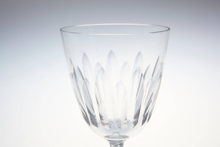 Set of Eight Baccarat Crystal 'Verone' Pattern White Wine Glasses, circa 1950s For Sale 2