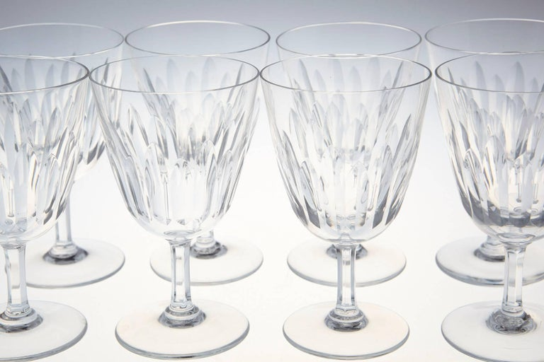 Set of Eight Baccarat Crystal 'Verone' Pattern White Wine Glasses, circa 1950s For Sale 4