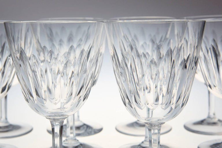 Mid-Century Modern Set of Ten Baccarat Crystal 'Verone' Pattern Red Wine Glasses, circa 1950s For Sale