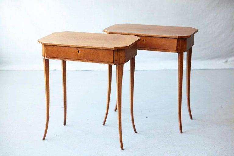 Veneer Pair of Biedermeier Side Tables For Sale