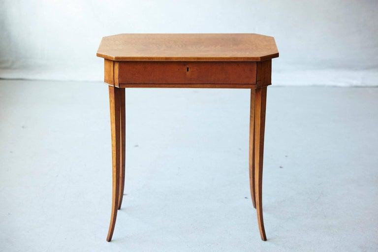 Pair of Biedermeier Side Tables In Good Condition For Sale In Westport, CT