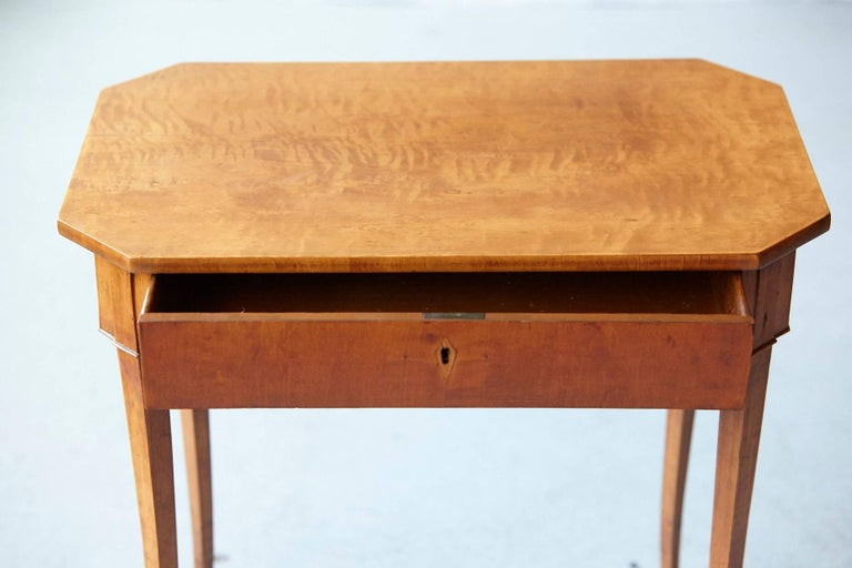 19th Century Pair of Biedermeier Side Tables For Sale