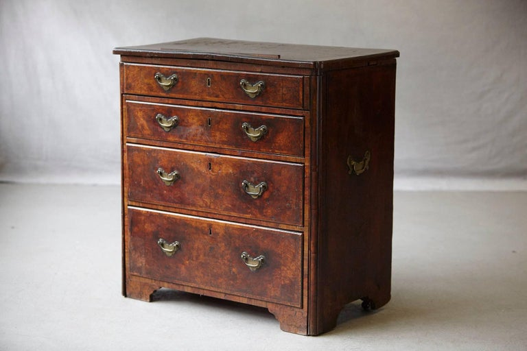 Important Queen Anne Walnut Architect's Chest, circa 1710 For Sale 3