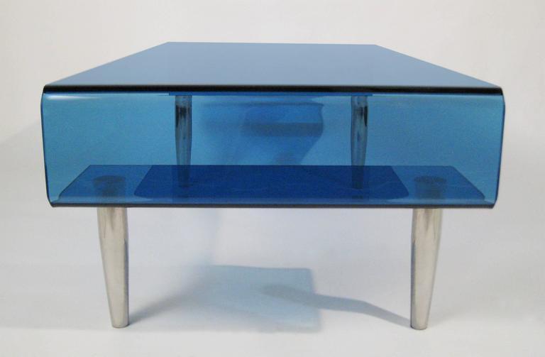 Coffee Table, Tempered Blue Crystal and Aluminium. Italy, circa 1980 4