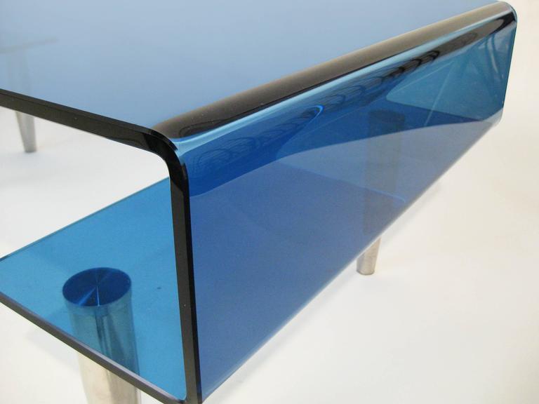 Coffee Table, Tempered Blue Crystal and Aluminium. Italy, circa 1980 5