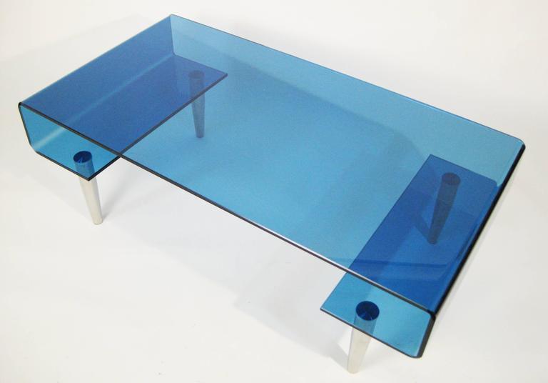 Coffee Table, Tempered Blue Crystal and Aluminium. Italy, circa 1980 6