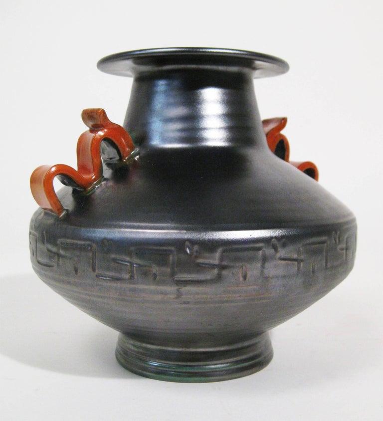 Vase Stoneware Attributed to Anna-Lisa Thomson Upsala-Ekeby, Sweden, circa 1940 8