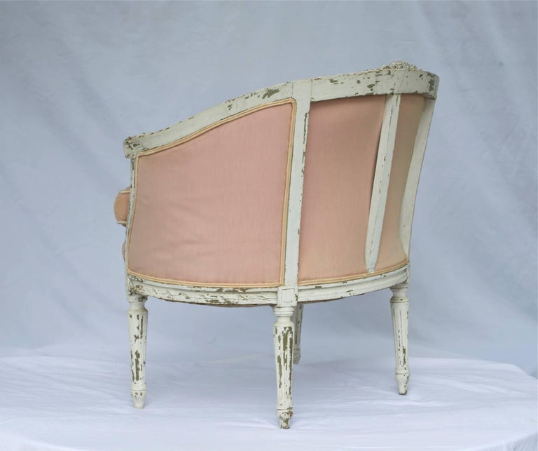 19th Century Louis XVI Painted Marquise or Corbeille Canapé For Sale 1