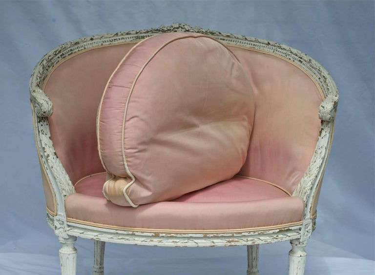 19th Century Louis XVI Painted Marquise or Corbeille Canapé 5